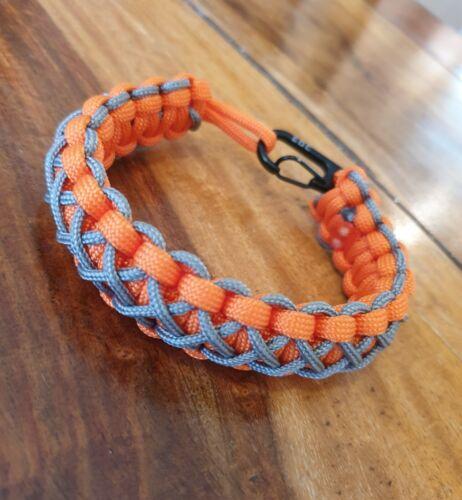 EDC Bear Grylls Inspiré Paracord Bracelet orange et gris cousu.
