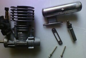 Motore-toky-scoppio-classe-15-aereo-rc-auto-rc-2-5cc