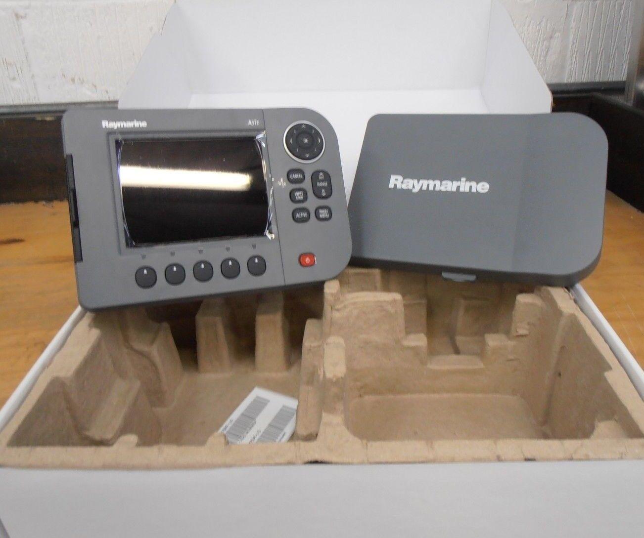 Raymarine A57 Kartenplotter - Kopie - Einheit Kopf nur - Eu Charts