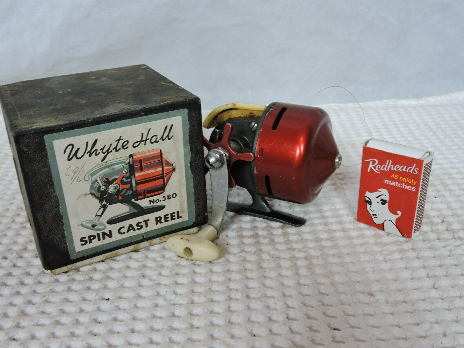 Extremely Rare Fishing Reel  Whyte Hall Spin Cast Reels No 580