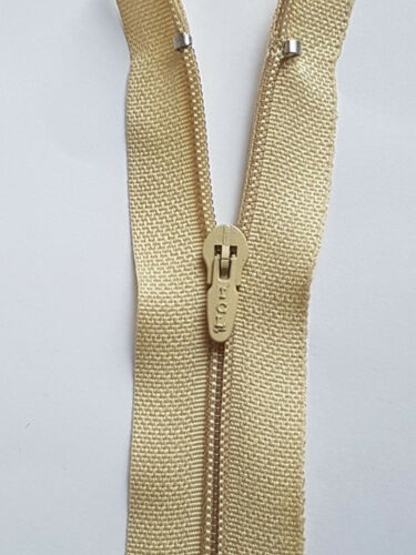 """16/"""" Nylon Zips for Sewing/&Crafts Closed End AutoLock COLOR 1ST CLASS POSTUK 40CM"""