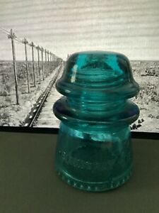 Vintage-Blue-amp-Green-Old-HEMINGRAY-16-Glass-Telegraph-Line-Insulators-Rare