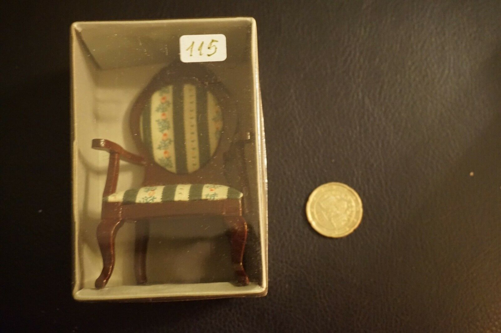 2 x x x Puppenhaus Möbel StuhlNeu OVP edle Polsterstühle Holz Polsterung 8734f7