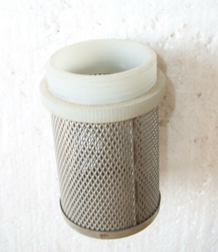 """Stainless Steel Filter 1/"""" 1//4 for valve Europe background"""