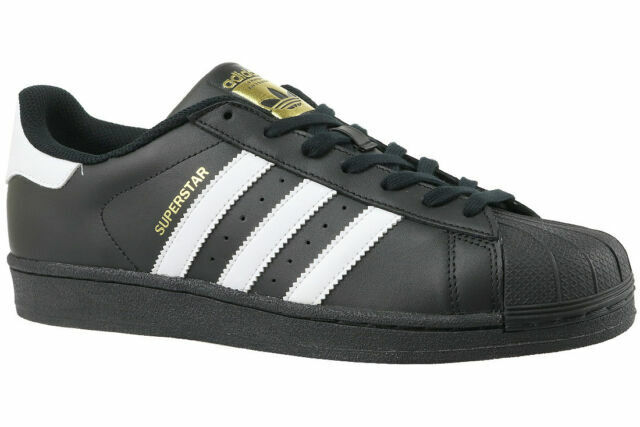 calcetines analogía Distracción  adidas B27140 Superstar Foundation Sneakers, Size UK 8 - Black/White for  sale online | eBay