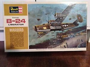 Vintage-Revell-1964-H-203-B-Liberator-Bomber-1-72-Complete