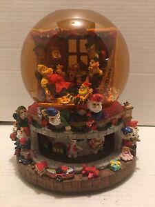 Grandeur-Noel-Collectible-Musical-Water-Globe-034-Santa-Claus-is-Coming-toTown-034