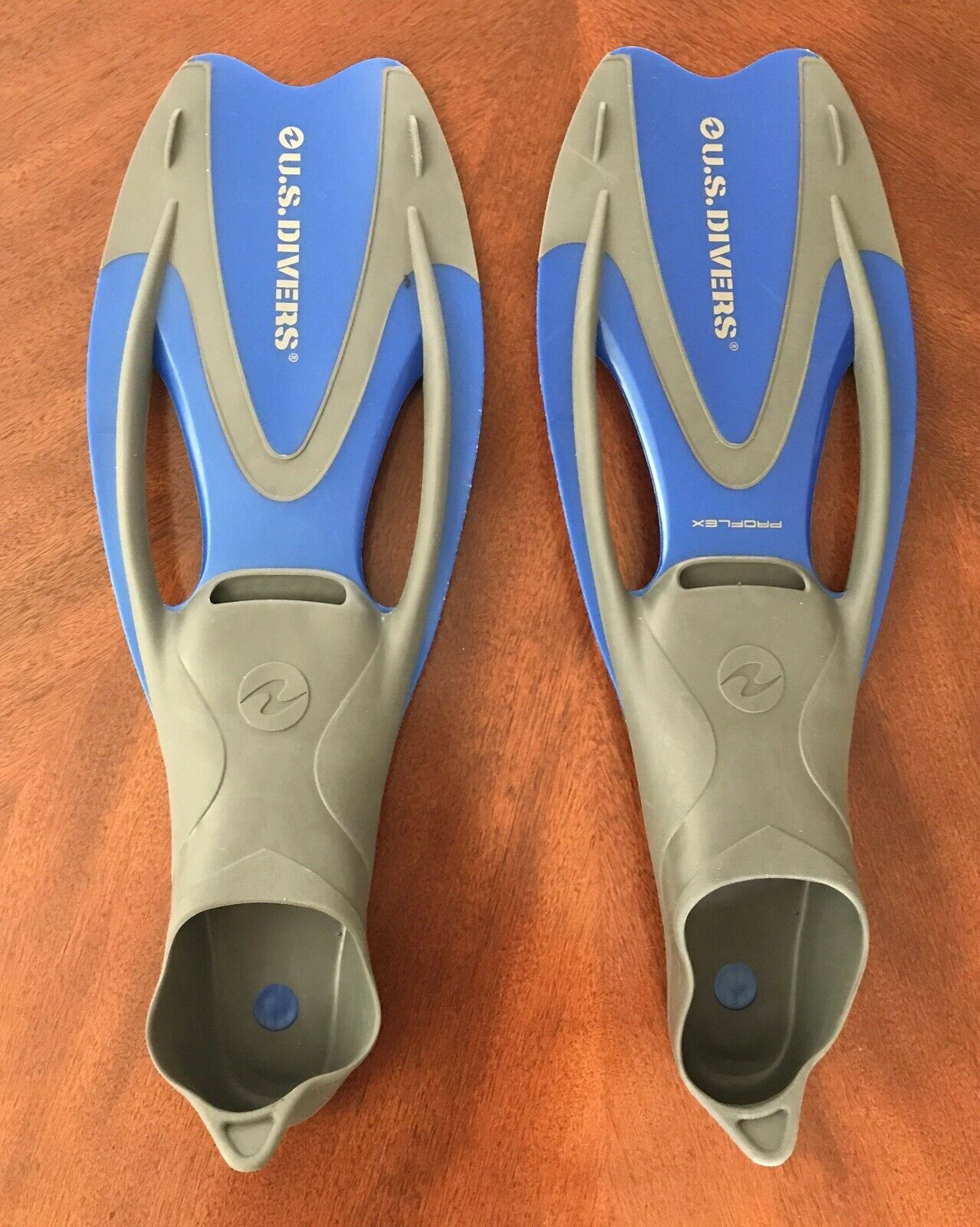 US Divers Proflex Fins Scuba Snorkeling Swimming Flippers - Adult XL (11.5-13)
