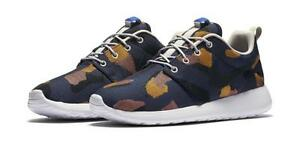 Details about Nike WOMENS Roshe One Jacquard Print 845009 400 WOMENS Size 9.5 Game Royal Blk