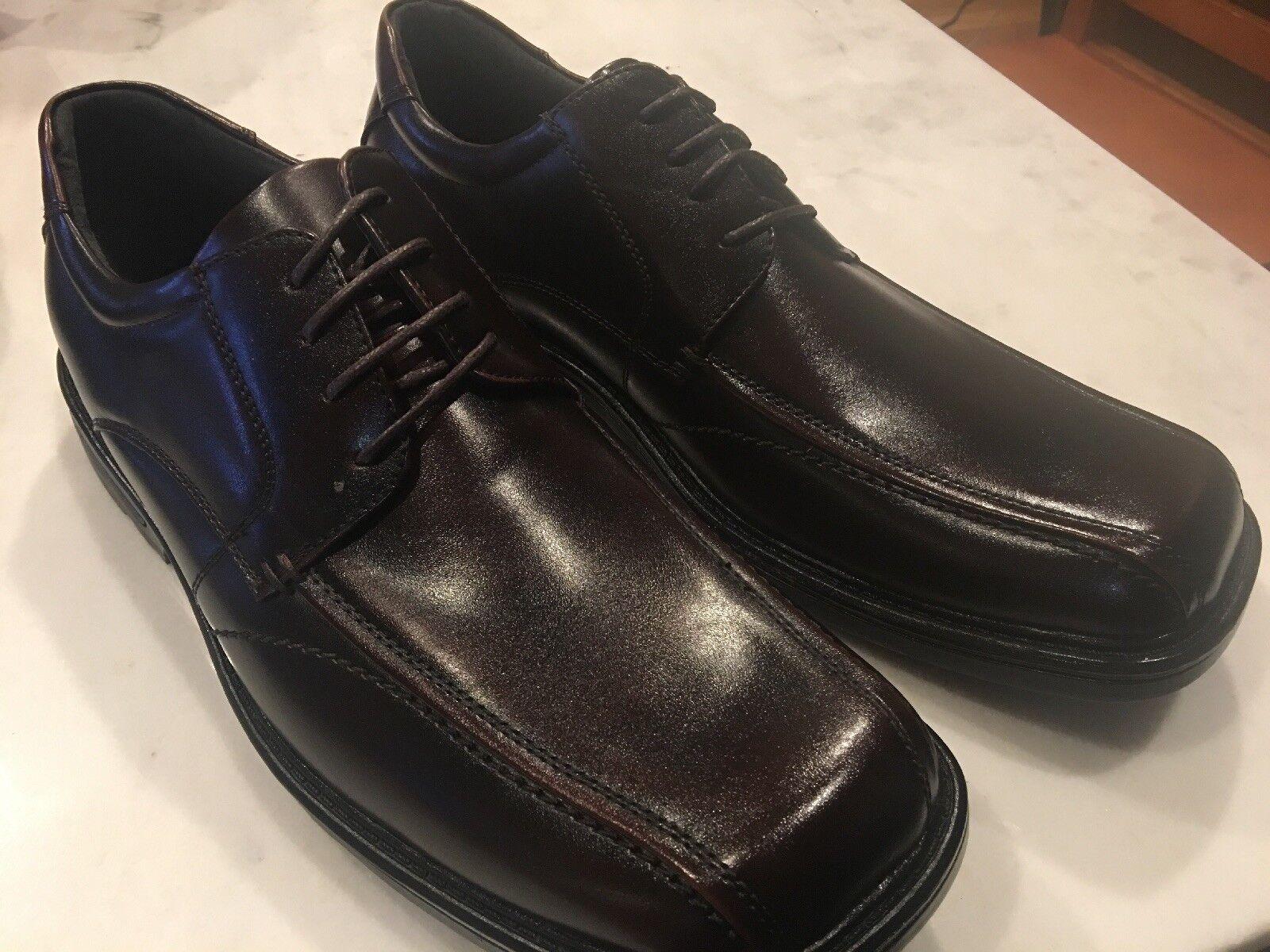 scelte con prezzo basso Via Europa Uomo Leather Scranton Scranton Scranton Marrone Dress scarpe Dimensione 12M New With Box  servizio di prima classe