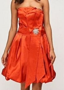 Robe de cocktail taille 8