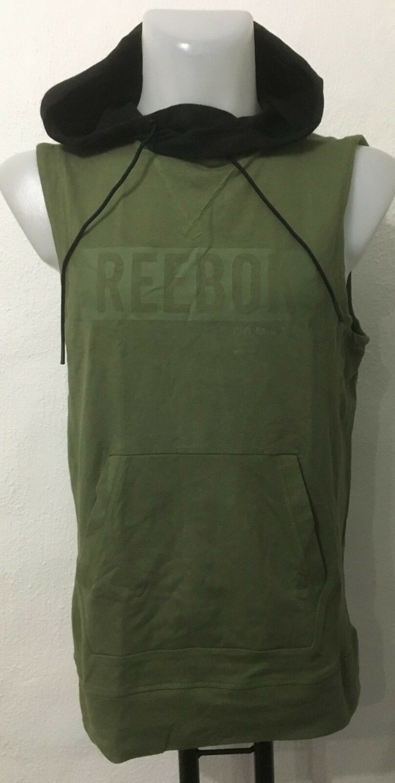 GREEN TRAIN LIKE A FIGHTER SLEEVELESS HOODIE BY REEBOK SIZE MEN'S XL NEW