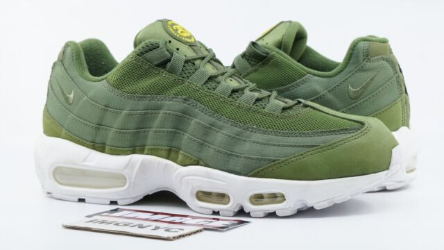 NIKE AIR MAX 95 USED SIZE 9.5 STUSSY OLIVE WHITE 834668 337