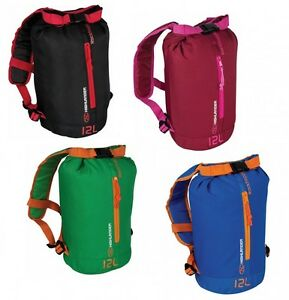 LIGHTWEIGHT-ROLL-TOP-BAG-SHOWERPROOF-DAYSACK-use-as-backpack-rucksack-Rockhopper