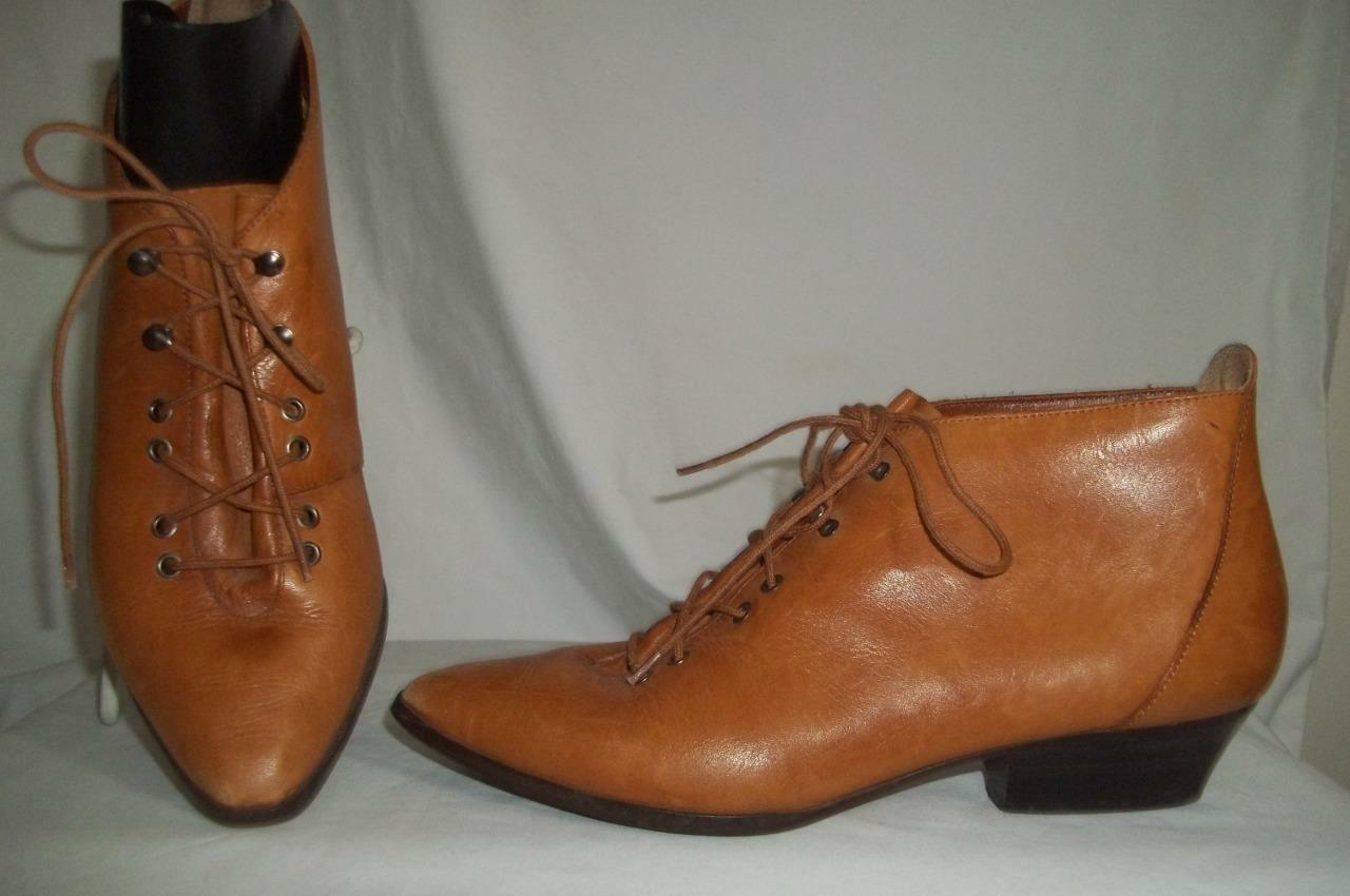 TIP TOE Vintage 1980's Cognac Brown Booties Ankle Boots 7.5 M
