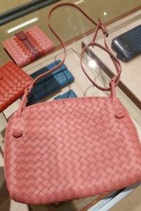 867ba78921 Image is loading Bottega-Veneta-Intrecciato-Napa-Messenger-Pillow-Crossbody- Bag-