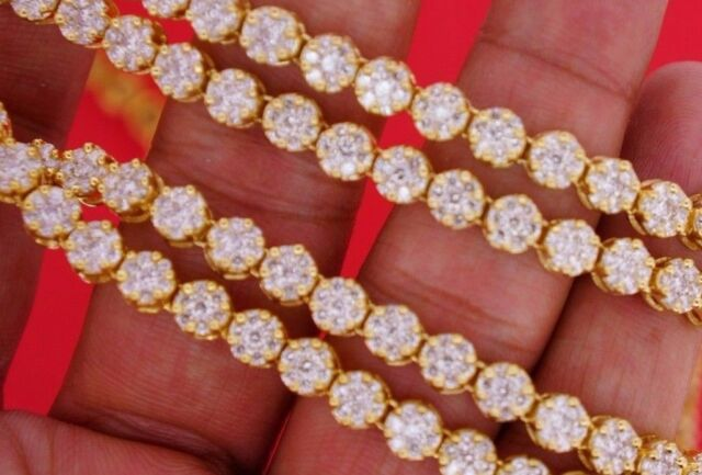 21 Carats White Diamonds Flower Cluster Style Necklace Chain 14k Yellow Gold