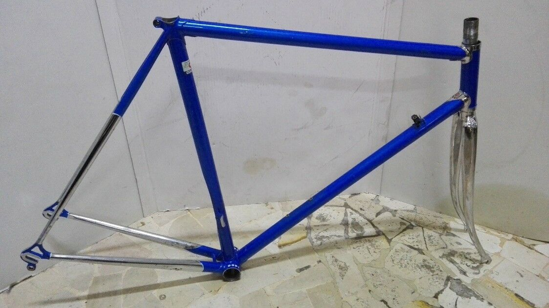 Very Rare Frame Cinelli  DOSI made in Imola Vintage passacavo laterale bellissim
