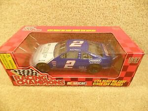 New 1997 Racing Champions 1:24 NASCAR Rusty Wallace Penske Racing Thunderbird #2