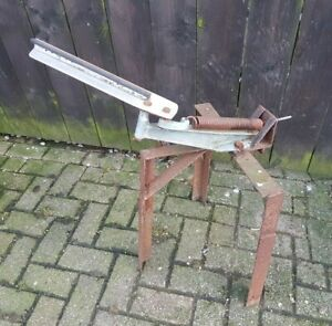 Vintage Bowman Clay Pigeon Trap Thrower Shooting Spares