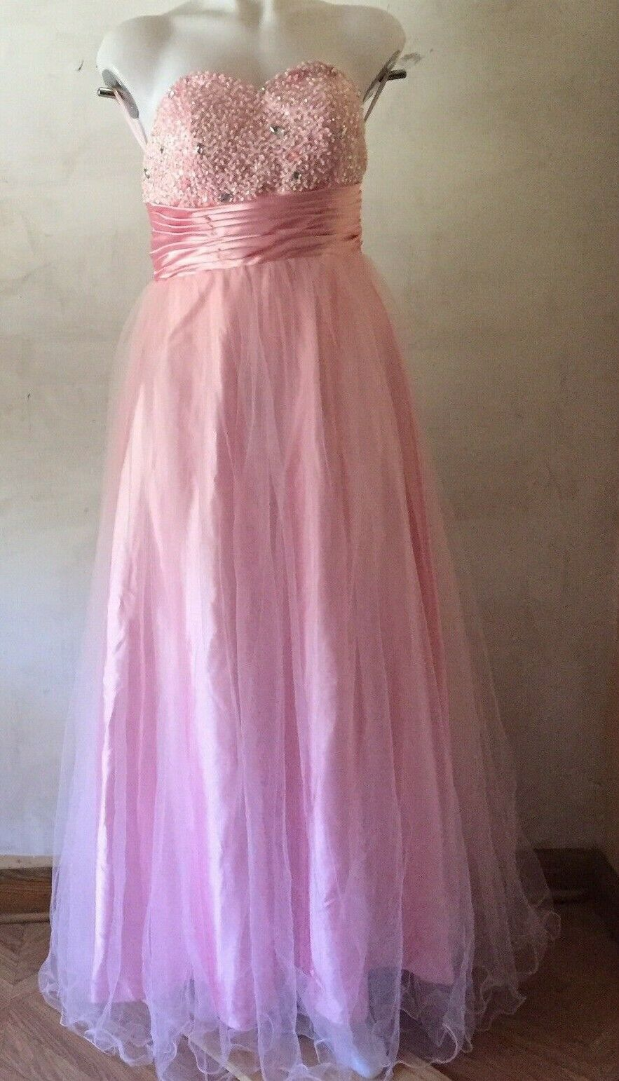 Quinceañera Ball Dress Pink Tulle Strapless Beaded Size 6 NWT