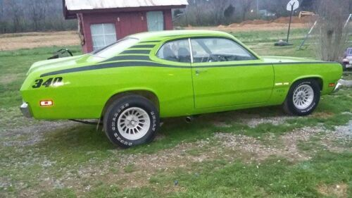 1970-1976 DUSTER Custom race stripes from NOSE TO TAIL DIY decal kit RTA