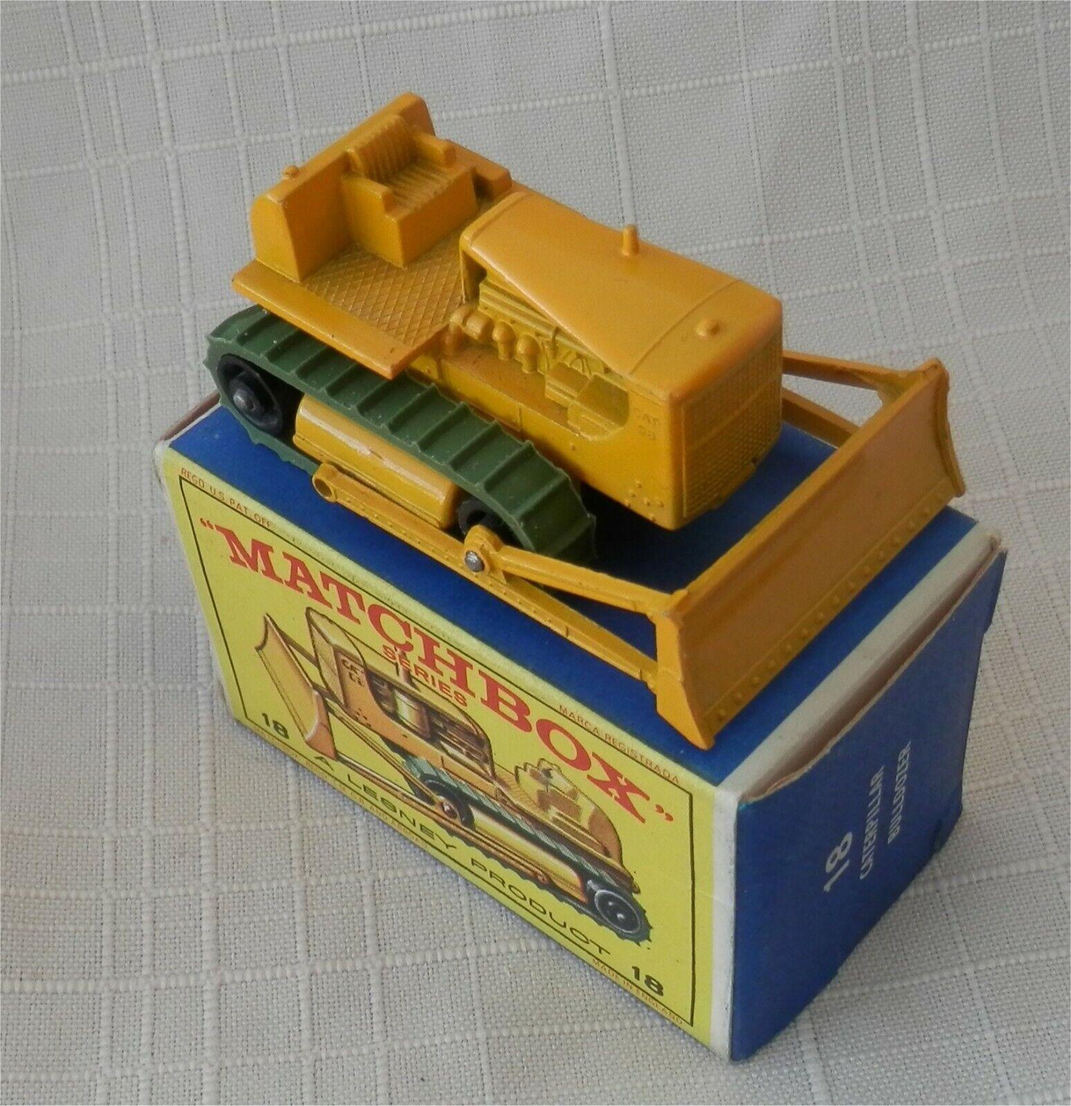 1960s.MATCHBOX LESNEY.18 d CATERPILLAR BULLDOZER.mint in box.all original