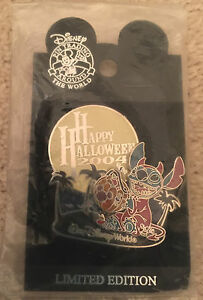 WDW-Stitch-Halloween-Trick-or-Treat-2004-Collection-Glow-in-Dark-LE-PIN-NEW