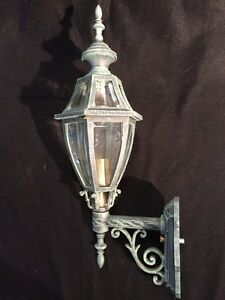 Image is loading Hanover-Lantern-13270VGN-Small-Augusta-Wall-Mount & Hanover Lantern 13270VGN - Small Augusta Wall Mount | eBay