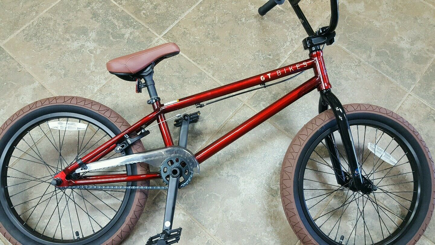 NIB GT  BK SIGNITURE  BMX  DIRT FREESTYLE JUMPING BIKE, BLOWOUT  LAST 1