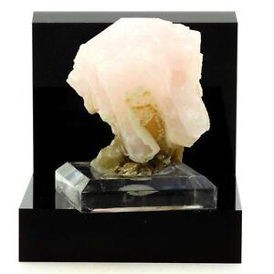 Calcite-868-3-Ct-2nd-Sovetskii-Mine-Dalnegorsk-Russia