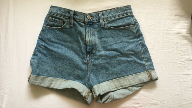 Shorts, BDG, str. 26,  Denim,  Næsten som ny, High rise Mom…