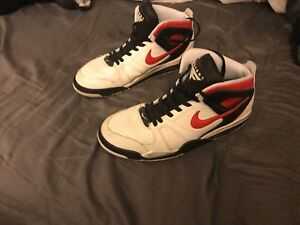 classic fit 9ca0f 5116e Image is loading Nike-Air-Flight-Falcon-Basketball-Shoes-size-US-