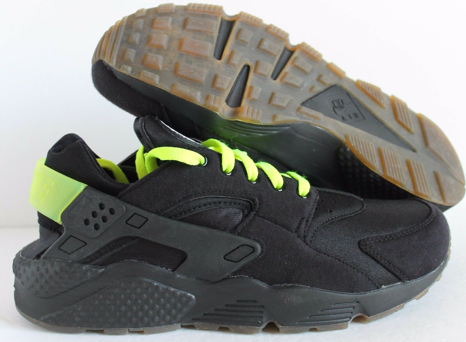 Nike Men's Air Huarache  Premium ID  Fleece Black-Volt  SZ 11  [777330-995]