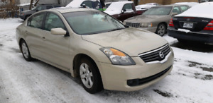 2009 Nissan Altima fully equipped for sale
