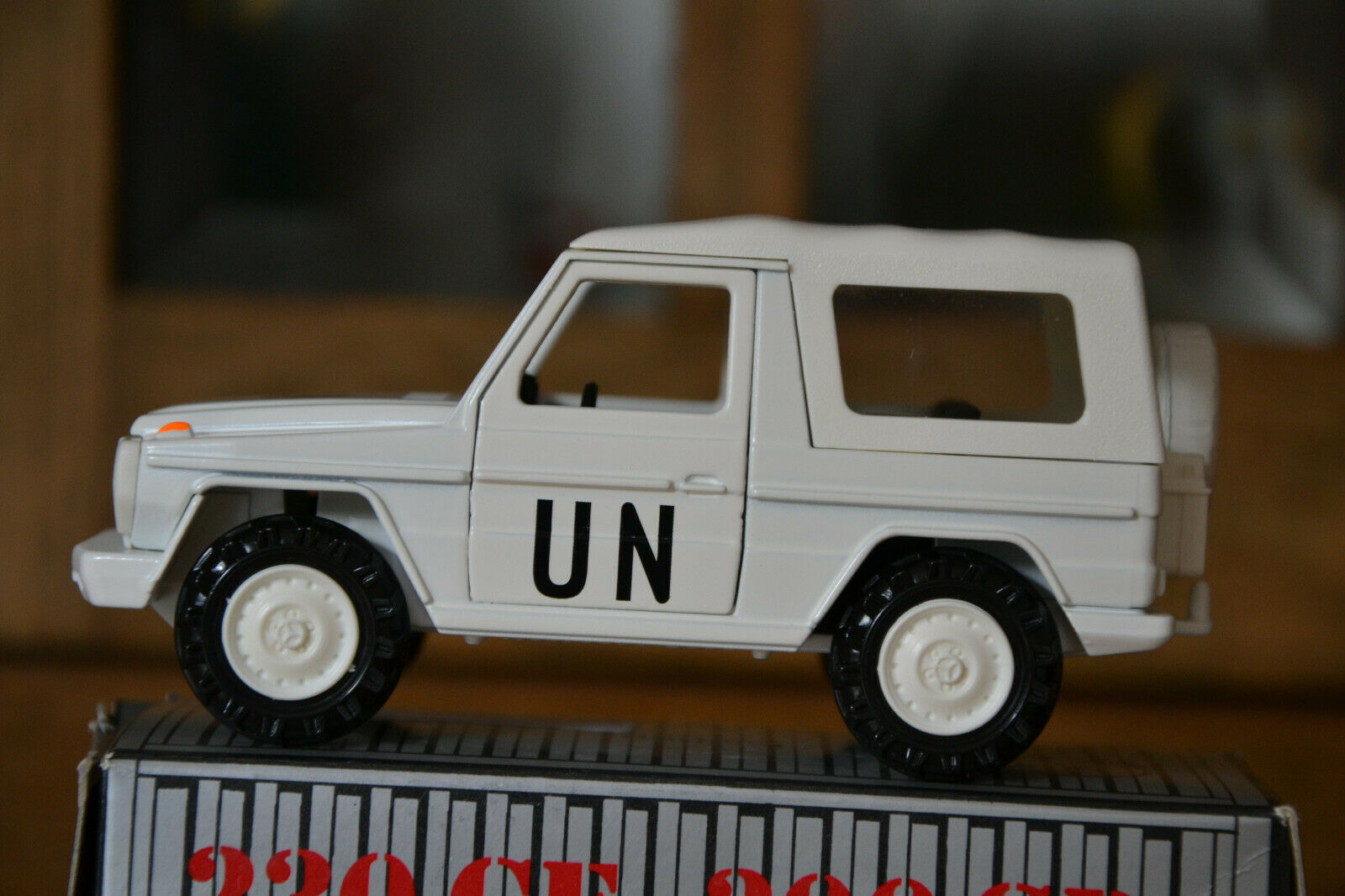 G-Modelll Wolf Militär UN Mercedes Benz von Cursor 1 35 in weiss OVP neuwertig