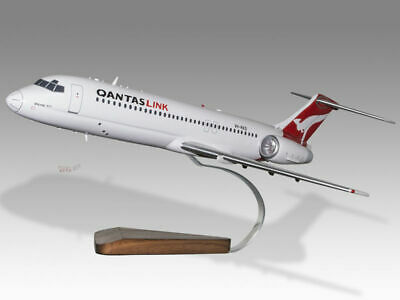 Aeronautica Boeing 717-200 Qantaslink Solid Dried Mahogany Wood Handmade Desktop Model Beneficial To Essential Medulla