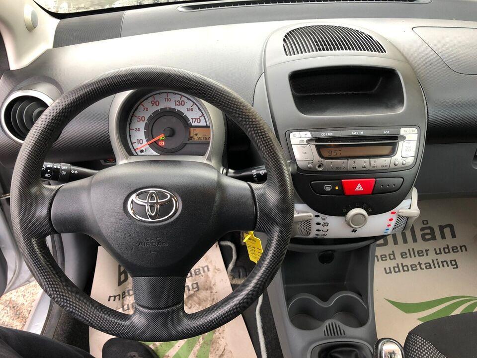Toyota Aygo 1,0 Plus Benzin modelår 2010 km 130000 nysynet 1