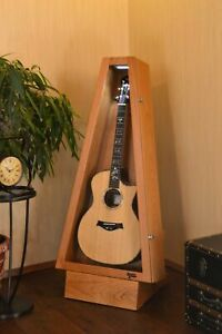 Cherry ClimaStand | Acoustic/Electric | Triangle