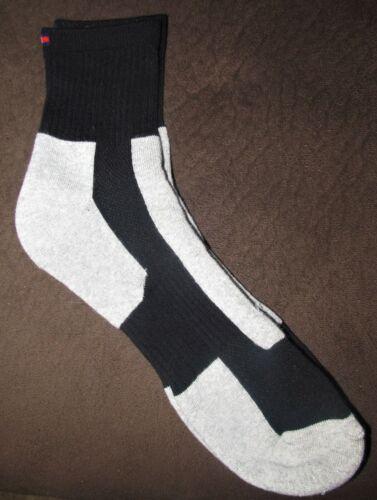 NWOP Men/'s Sz OS Tommy Hilfiger Gray//Black Cotton Blend Casual Ankle Socks