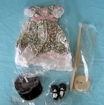 Danbury Mint Shirley Temple Doll the Littlest Rebel Outfit Costume Stand