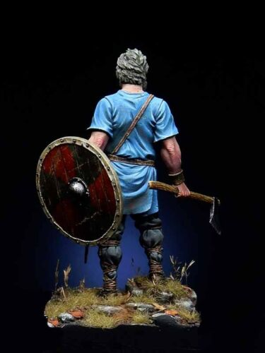 Unassembled Uncoated 1//32 5.4 mm Viking Warrior Resin kit Figure No colour