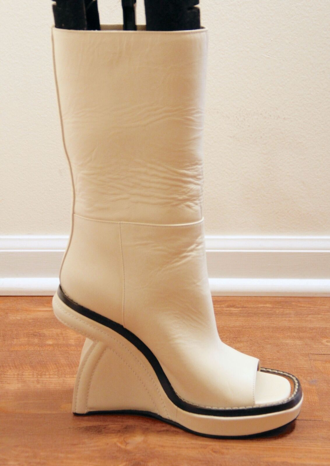 SALE      NEW MARNI  OPEN TOE WEDGE BOOT SHOES IN CREAM LEATHER SIZE 40 NOW 459 460054