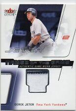 Derek Jeter G/U Jersey Card with Pinstripe N.Y. Yankees Fleer 2002 Nm-Mt