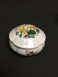 San Francisco Music Box Round Porcelain Box plays Beauty & the Beast Daffodils