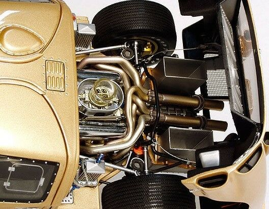 1 A 1965 GT40 Ford GT T 24 LeMans Racing Car Vintage Sportscar Racecar Model 12