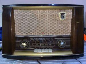 VINTAGE-VALVULA-RADIO-PHILIPS-Boccaccio-BA453A-1-PARA-RESTAURAR-1955