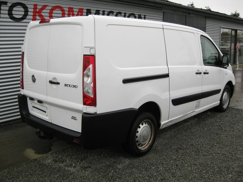 Fiat Scudo 2,0 MJT 130 Comfort L2H1 Diesel modelår 2011 Hvid