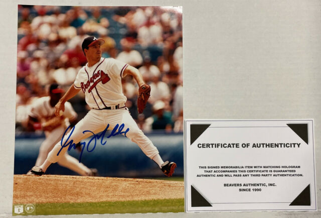 GREG MADDUX ATLANTA BRAVES-CHI CUBS AUTOGRAPHED Signed 8X10 PHOTO-WITH TOPLOADER