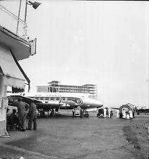 ORLY c. 1955 - Avion Mécaniciens Camion-Citerne Négatif 6 x 6 - N6 IDF140